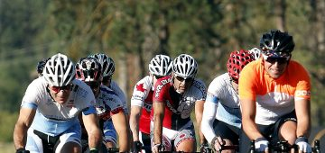 cyclists-1539782